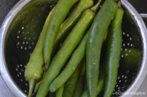 Washed green peppers